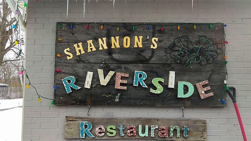 Photo - Shannon's Riverside Restuarant
